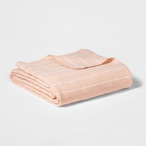 King Modern Acrylic Striped Bed Blanket Pink